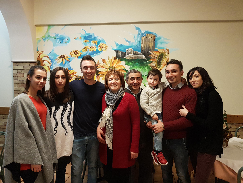 Michele Verdastro e la sua famiglia | La Terrazza trattoria e ...