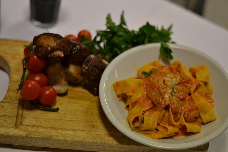 ristorante-la-terrazza-funghi-porcini-e-pomodoro