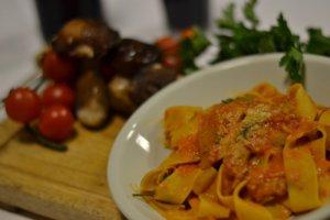 ristorante-la-terrazza-pappardelle-con-parmigiano-basilico